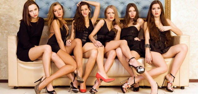 Highly Effective Body Language That Attracts Women